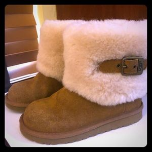 COPY - Kids size 13 Authentic Chestnut Ugg boots …